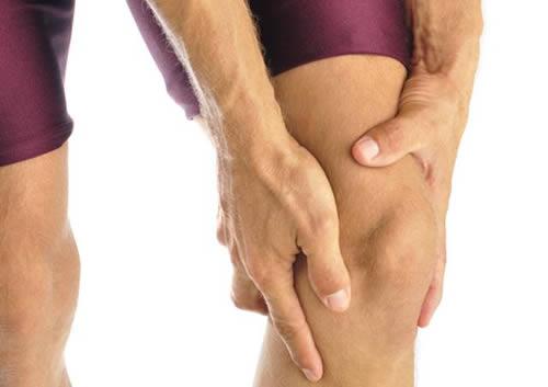 К какому врачу надо обратиться если болят суставы замена коленного сустава в москве клиники