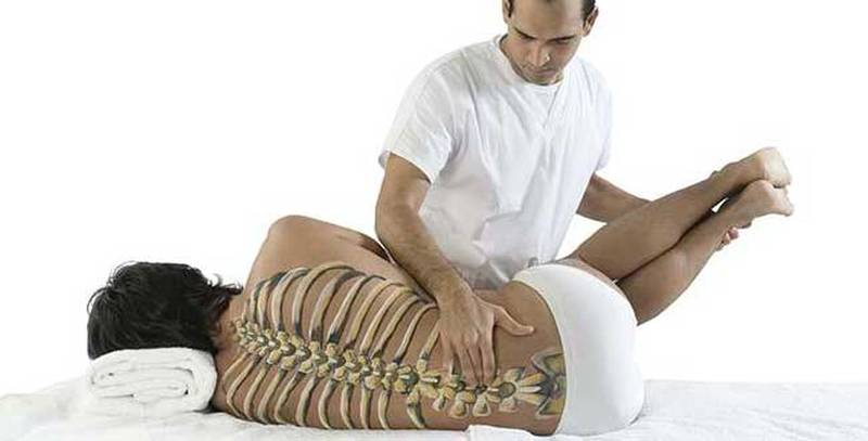 Массаж позвоночника в домашних условиях при переломах и травмах