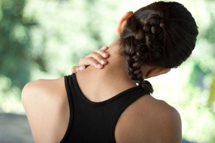 Болит поясница при наклонах вперед и сидении