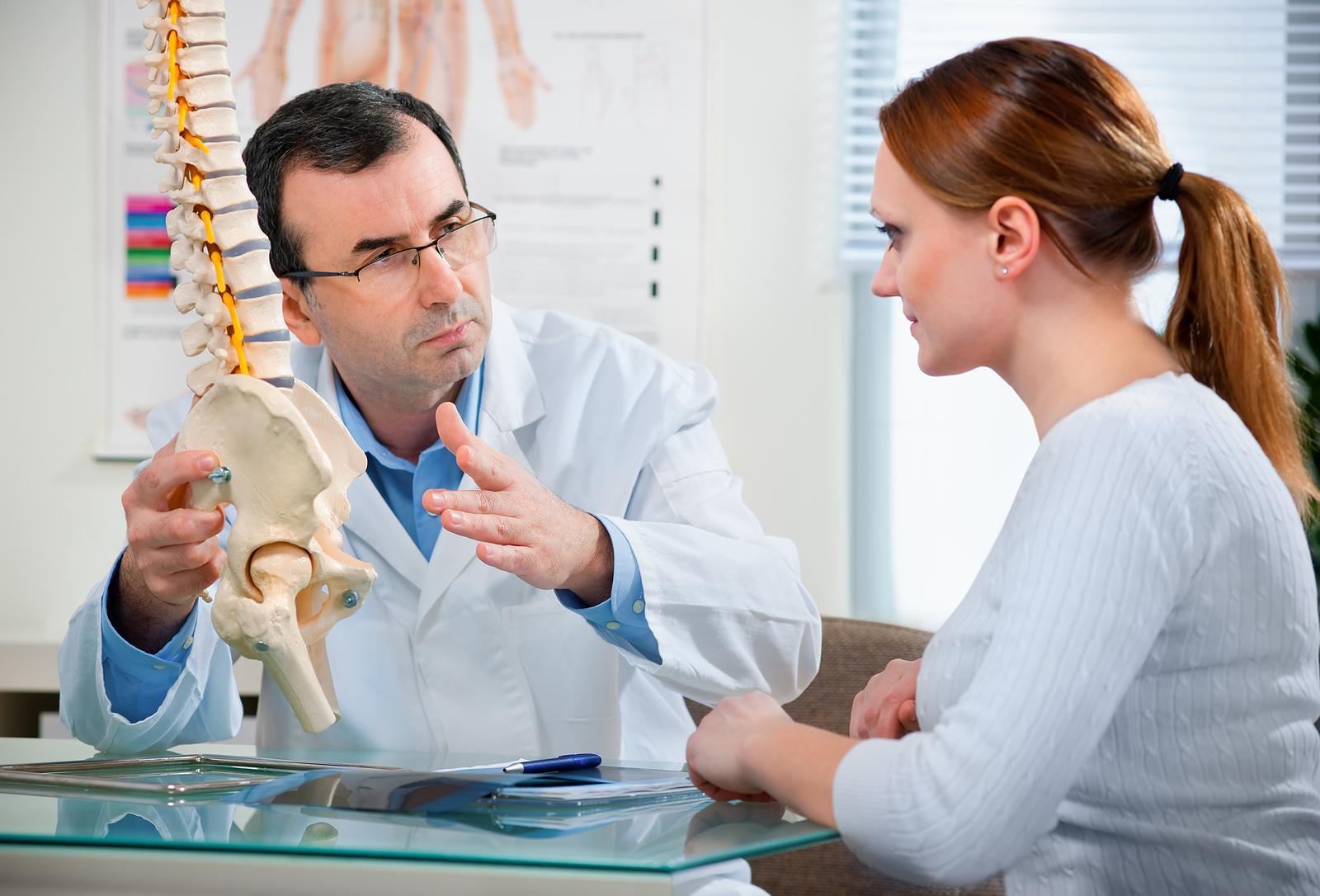Лечебные упражнения для спины при остеохондрозе видео
