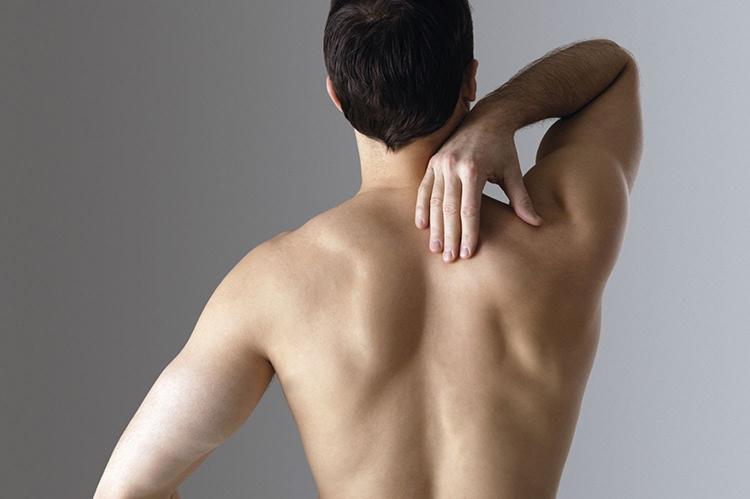 Болят бока с двух сторон со спины у мужчин что это такое