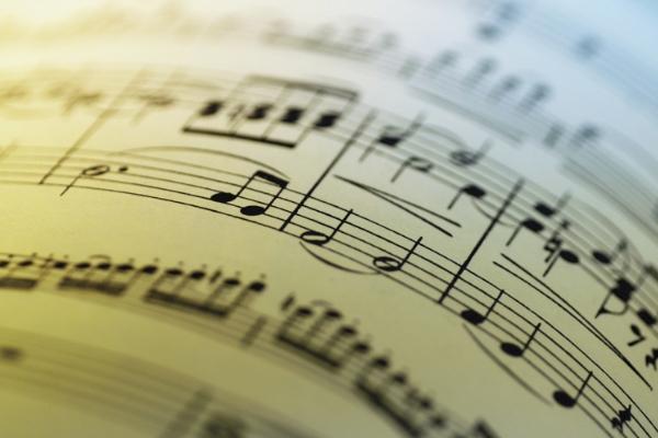 Музыка влияет наспособность мужчин фокусироваться