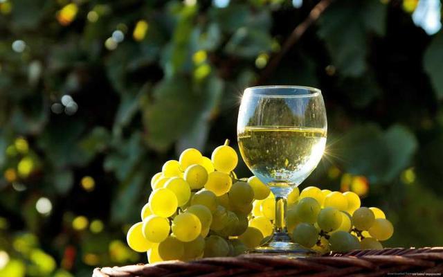 Спирт увеличивает риск заболевания определенным видом рака