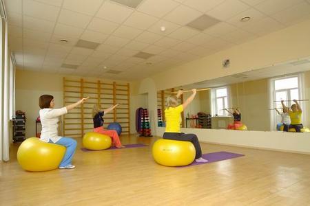 Лечебная гимнастика плечевой сустав