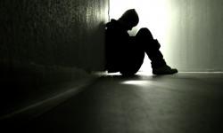 Ученые назвали одиночество симптомом развития болезни Альцгеймера
