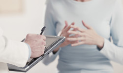 Какой врач лечит артроз суставов?