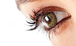 Ученые: контактные линзы могут быть опасны для глаз