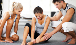 Растяжение связок на ноге: клинические проявления, методы лечения, реабилитация