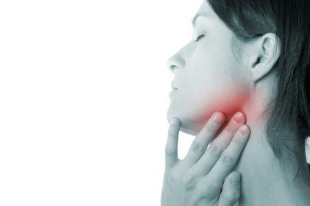 Болит челюсть