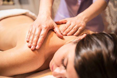 Как лечить шейный остеохондроз массаж