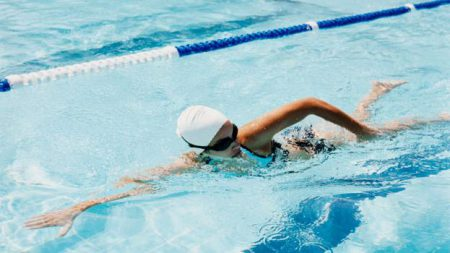 плавание бассейне